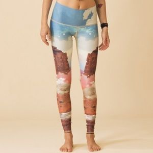 Teeki unicorn yoga pants